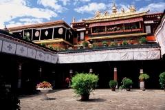 20060727  Lhasa Yokhang (23)