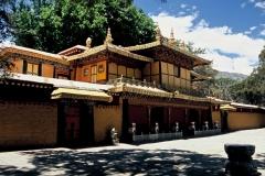 20060802 Lhasa Palubuk-Museum-NorbuLingka (10)