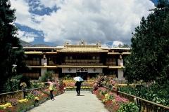 20060802 Lhasa Palubuk-Museum-NorbuLingka (11)
