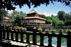 20060802 Lhasa Palubuk-Museum-NorbuLingka (13)