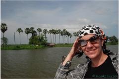20081120 Kambodza Phnom Penh - Siem Reap (23)