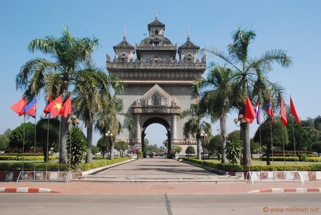 Laos 2 (1).jpg