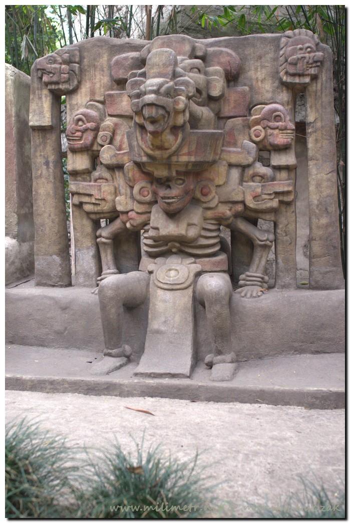 20130516-meksyk-meksyk-muzeum-antropologiczne-36